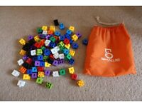 Schawe Cubes for construction and maths