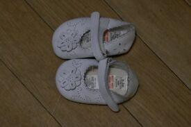 Mamas and Papas 0-3 months girls pram shoes