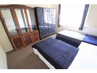 ** PERFECT LOCATION ** LOVELY TWIN ROOM IN A NICE FLAT !!