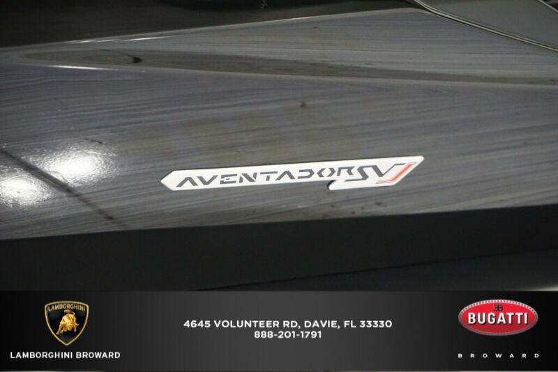 Image 6 Coche Americano usado Lamborghini  2020