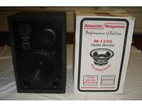 Studio speaker - like new, boxed