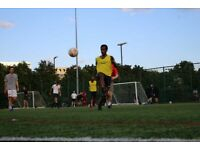 Football players wanted (Archway station/North London)
