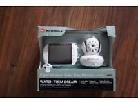 Motorola MBP36 Remote Wireless Video Baby Monitor with 3.5-Inch Color LCD Screen
