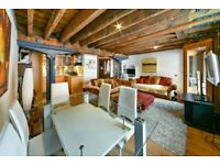 Beautiful warehouse conversion with period features in Canary Wharf - P51409 - AR