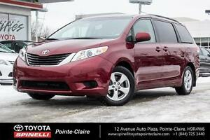 2014 Toyota Sienna LE 8 PASS
