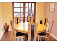 Round Dining Table with 6 Chairs