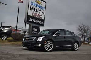 2016 Cadillac XTS AWD, SUNROOF, NAV, LOW MILEAGE