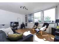 Ablemarle House - A spacious and modern three bedroom flat to rent with balcony and communal gardens
