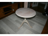 Limed Oak Tripod Pedastal Occasional Lamp table
