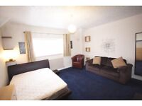 Large Double room for one or two people
