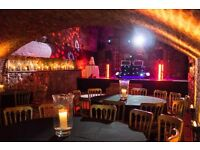 Lee Live: Wedding DJ - 100% Professional - Performed at 700+ Events - 12 years Experience .
