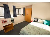 Improve your English in a Leeds City Centre Apartment!