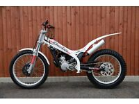 Beta 80cc Medium wheel trials bike