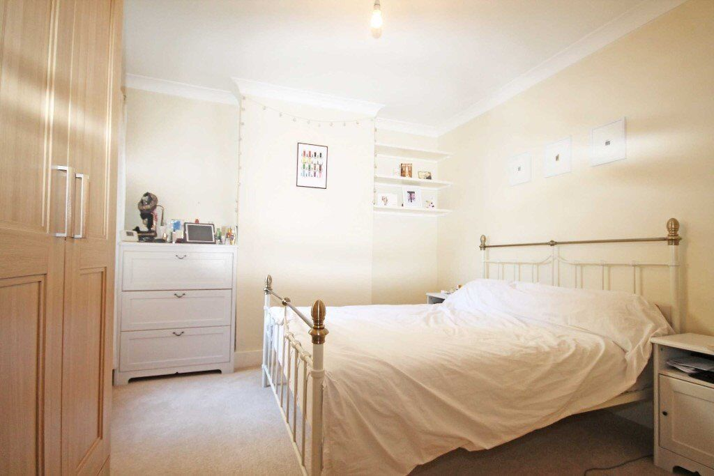 Large Vacancies - Minutes from London Fields