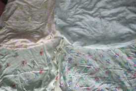 Cot bed fitted sheets