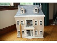 Lovely Georgian-style Dolls House