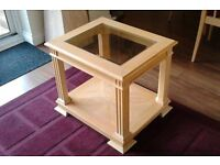 Side Table With Glass Inlaid Top, Light Wood Execellent Condition