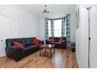 *** Beautifully presented three bedroom house available to rent, Inderwick Road, N8 ***