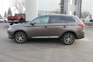 2016 Mitsubishi Outlander GT 7-PASSENGER - LEATHER - SUNROOF