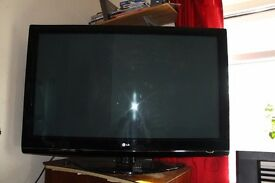 "50"" LG TV (LG50PG3000), with controls (back missing) £150 ONO"