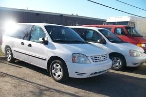 2004 Ford Freestar cargo ou passager location 150$+Tx