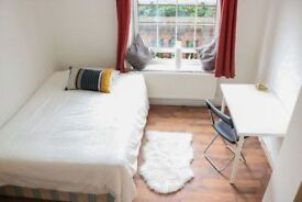Huge and Beautiful Double Bed Room in HACKNEY (ZONE 2)
