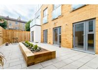 3 bedroom flat in Andre Street, Hackney Downs, E8