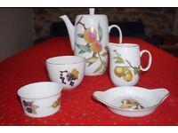 Royal Worcester Evesham Gold Coffee pot set