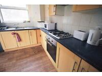 Ground Floor Double Room, Zone 4, WIFI & Cleaning included *Must See*
