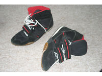 Boxer boot size 9 (43)