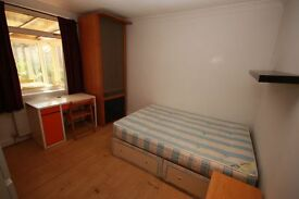 Including Bills! a spacious double room located close to zone 2 station and shops
