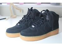 Womens NIKE Air Force 1 HI Suede (Size 7 UK)