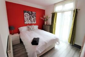 Outclass and spacious prime location 2 bedrooms ground flat near Forestgate Station -