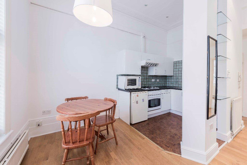 One bedroom flat to rent in Maida Vale W9