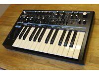 Novation Bass Station II Keyboard Synthesizer 2