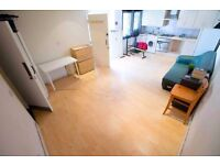 Luxury Self contained studio flat in Dalston E8 - Zone 2, Minutes from station