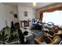 Spacious and purpose built 2 double bedrooms first floor flat with garden in Forest Gate--NO DSS plz