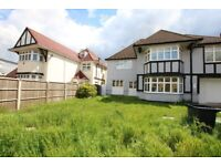 SPACIOUS 4 BEDROOM DETACHED HOUSE AVAILABLE TO RENT IN WILLESDEN GREEN - JUBILEE LINE