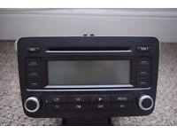 VW RCD300 CAR STEREO RADIO CD PLAYER GOLF MK5, PASSAT, JETTA, CADDY 1K0 035 186 P