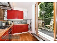 *** SHORT - LET - Beautifully presented two bedroom garden property, Green Lanes, N4 ***