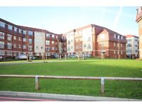 Lovely 1 bed flat close to Morden station. Must be seen!