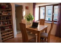 Fully furnished two bedroom flat in a modern development close to Canary Wharf - Landlord