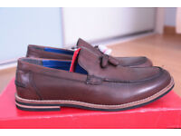 BNWT Men's shoes leather size 8 (42)
