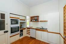 STUDENT ONLY - GREAT LOCATION!! COZY QUEENSLANDER HOME!!! Greenslopes Brisbane South West Preview