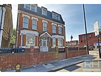 ** 1 BED FLAT ON WOODHOUSE ROAD, NORTH FINCHLEY, N12 INC ELECTRIC, GAS, WATER & COUNCIL TAX **