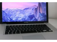 15 inch MacBook Pro Great Condition 4gb 2.3ghz £780 o.n.o