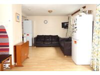 Three Bedroom Terrace House to rent in Colindale NW9