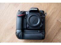 Nikon D7200 Camera & Nikon Battery Grip MB-D15