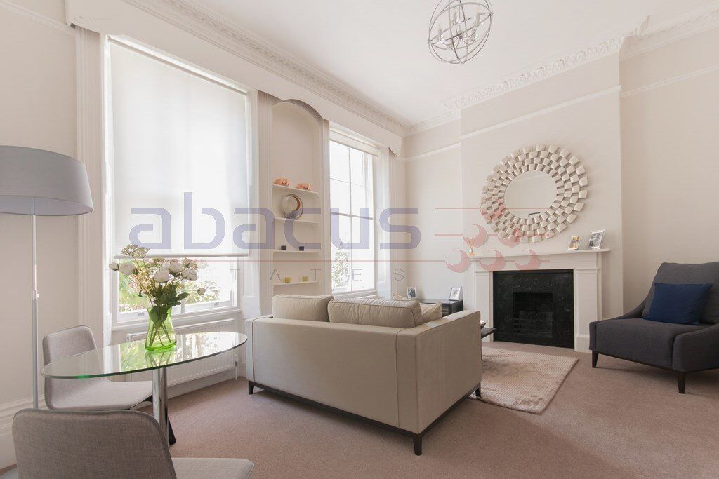 A Massive 1 x Bedroom Garden Flat in off Finchley Road - Moments from the station