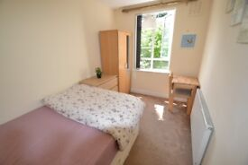 (K) NO ADMIN FEE - Double Room in Stamford Brook